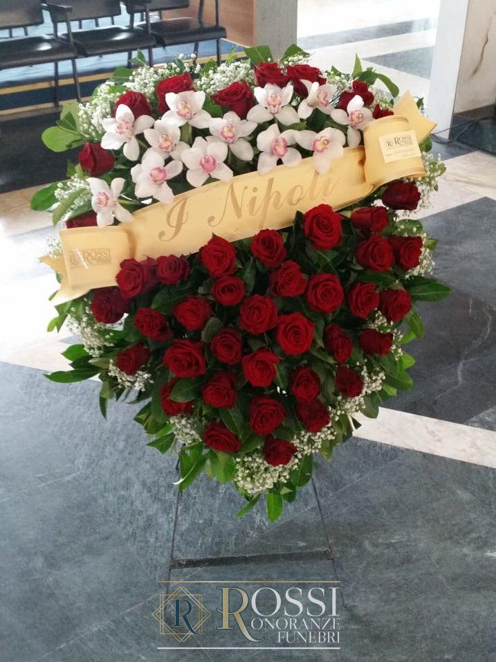 cuscino-rose-rosse-1598517503320