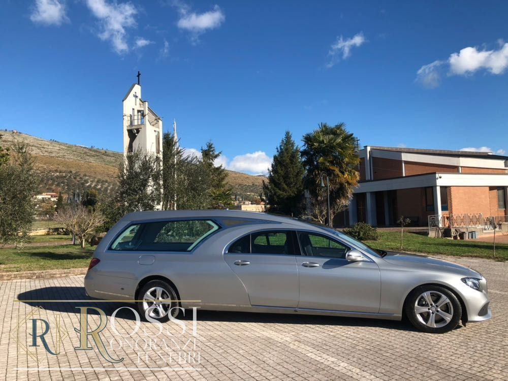 mercedes-serie-e-220-1519118880558 (1)
