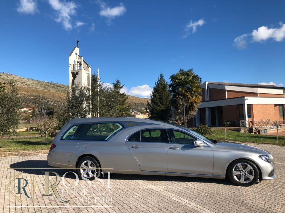 mercedes-serie-e-220-1519118880558